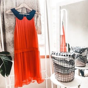 WALTER BAKER • pleated coral round collar dress